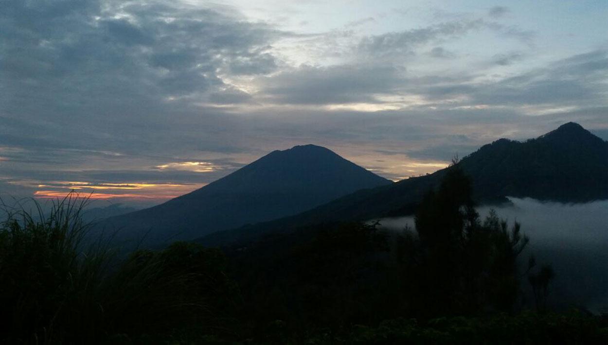 Mount Batur Sunrise Trekking com 2
