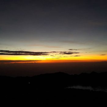 exciting promo for Mount Batur tour the end of the year for who want to do sunrise trek
