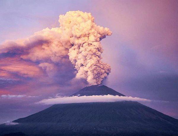 Mount Agung Eruption Again, Bali Ensured Safe to visit